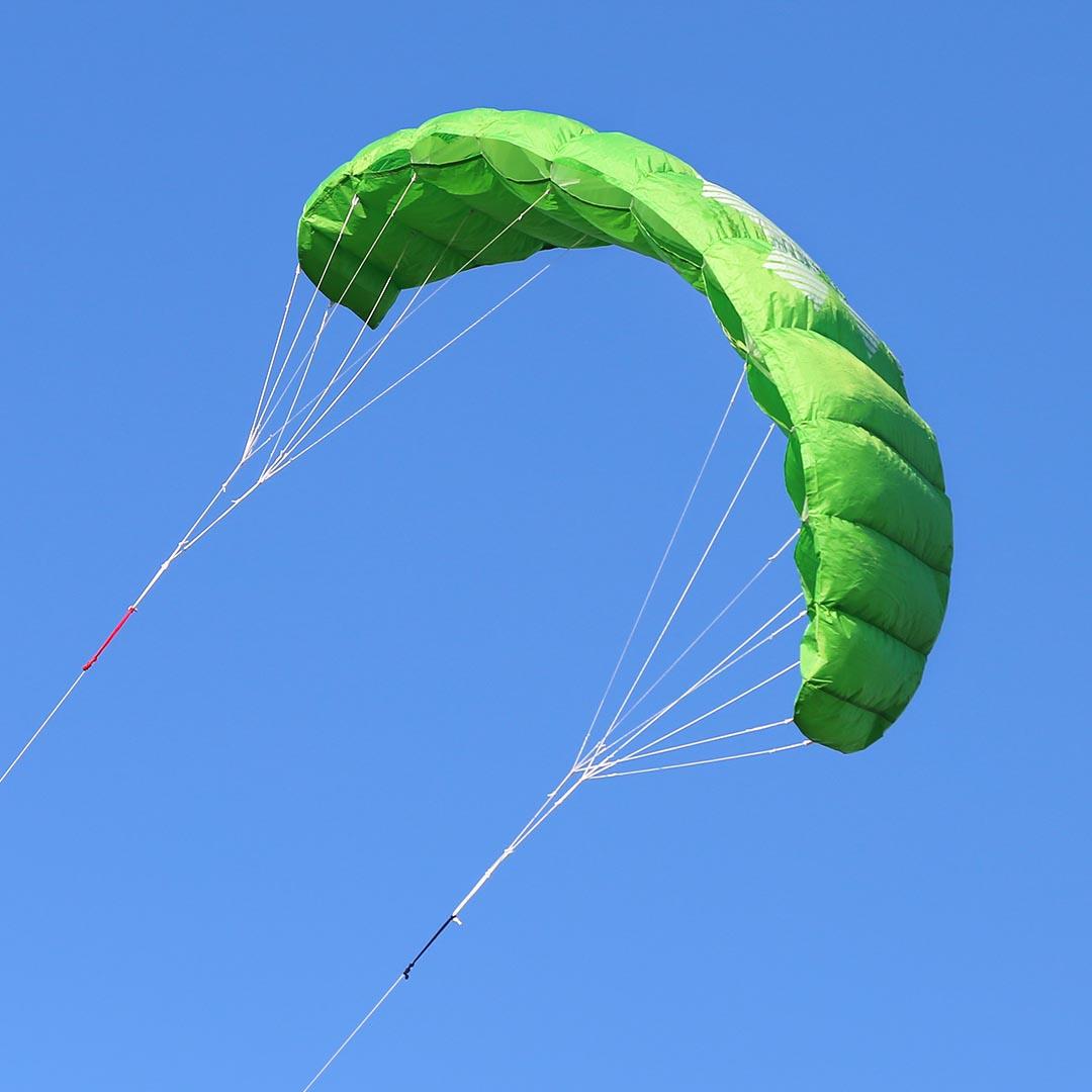 hq4 trainer kite